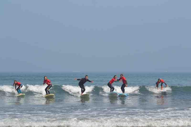 Mat' Surf school.